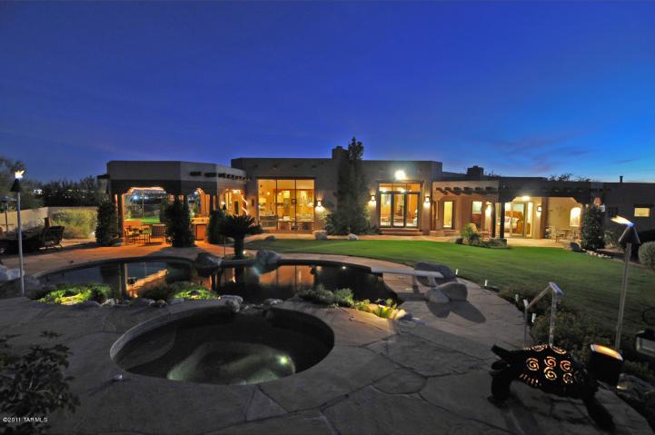 Catalina Foothills Tucson Luxury Home Under Contract Tucson - Luxury homes in tucson az
