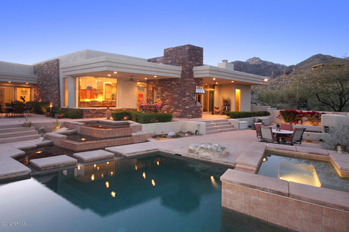 Sabino Canyon Area Contemporary Sells For 1 185 000